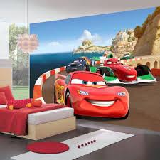 chambre cars disney papier peint cars sur piste disney 360x255 cm vente de chambre