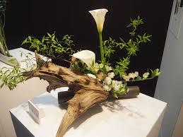 Japanese Flower Arranging Vases Ryuseiha Of Ikebana The Modern Art Of Japanese Flower