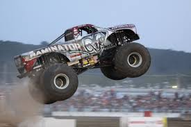 monster truck shows in indiana monster trucks 4 wheel jamboree nationals indy with kids