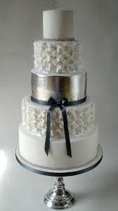 silver wedding cakes silver leaf wedding cakes