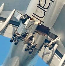 747 landing gear failure this is real and it happened this