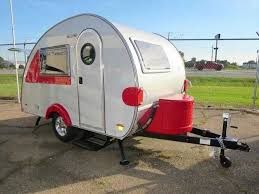 Light Travel Best 25 Ultra Light Travel Trailers Ideas On Pinterest Small