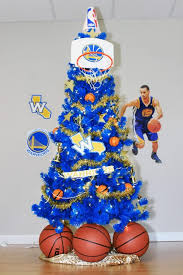 themed christmas trees cavaliers and warriors nba finals themed trees treetopia