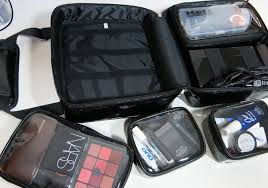 professional makeup carrier b td review esum pro makeup kit bag tara thompson artistry