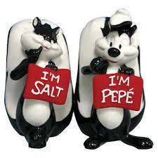 funny salt and pepper shakers salt pepper shaker
