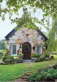 Small Cottage Homes Think Small A Well Designed Pacific Coast Cottage Cabin Living