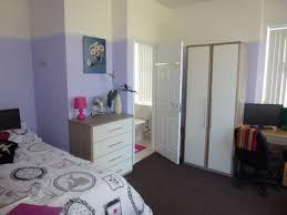 in suite en bathroom means ensuite room meaning master bedroom