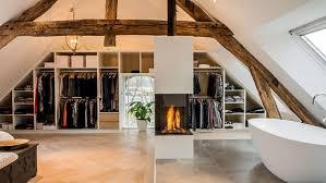 dachgeschoss gestalten schlafzimmer am dachgeschoss kreativ und modern gestalten mit