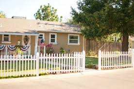 White Backyard Fence - front yard fence pictures and ideas