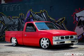 nissan pickup 1997 custom mike u0027s bagged nissan hardbody airsociety