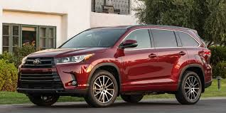 nissan pathfinder vs toyota highlander 2017 toyota highlander vehicles on display chicago auto show