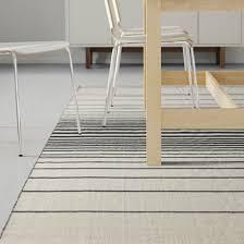 tapis bureau ikea tapis tisse a plat raye noir et blanc ikea