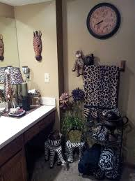 animal print bathroom ideas animal print bathroom decorating ideas photogiraffe me