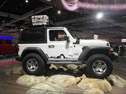 jeep wrangler grey 2017 mopar modified 2018 jeep wrangler sport at the 2017 la auto show