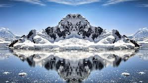 imagenes de la antartida descubren un gigante agujero en la antártida que asombra a los