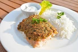 cuisiner du saumon recette de pavé de saumon nappé de pistaches à la vapeur