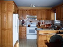 remplacer porte cuisine renover sa cuisine en chene armoire de cuisine en chne dcapage