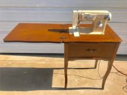 Antique Singer Sewing Machine And Cabinet Vintage 1952 Singer Sewing Machine Model 15 For Sale In Keene Tx