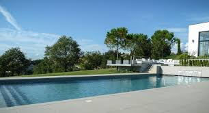 amenagement piscine exterieur awesome jardin et piscine design photos design trends 2017