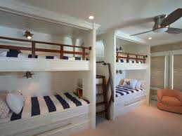 Pull Out Bunk Bed by Best 20 Four Bunk Beds Ideas On Pinterest Double Bunk Beds