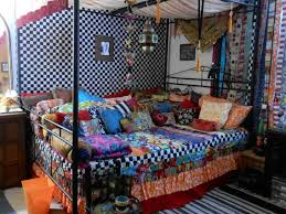 Bohemian Style Decorating Ideas by Bohemian Style Bedding Ideas