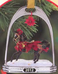 breyer noche buena stirrup ornament 14th in series 700312