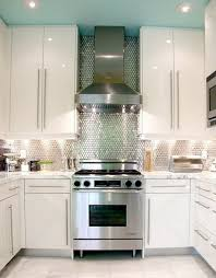 kitchen backsplashes with lots of pizzazz