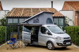 ford presenta sus nuevas versiones camperizadas del transit y