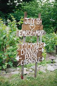 Wedding Seating Signs Five Ways To Use Wedding Signs Mywedding