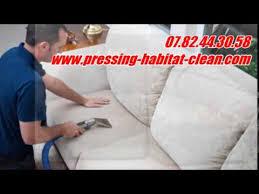 comment enlever des auréoles sur un canapé en tissu comment nettoyer et détacher une moquette tachée