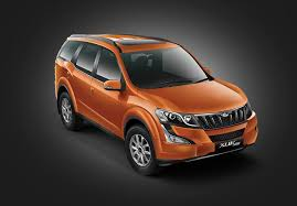 Xuv 500 Interior Mahindra Xuv 500 Automatic Price Mileage Specifications Colors