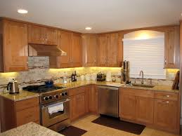 pictures of maple kitchen cabinets maple kitchen cabinets traditional cabinetry cliqstudios