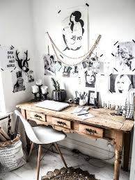 Antique Home Office Furniture 25 Ways To Use An Antique Desk In Your Interior Digsdigs