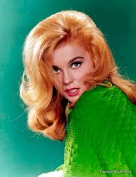 the daria hair exle 60 best 60s hair images on pinterest 1960s makeup 60s makeup