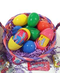 cheap easter eggs 50 pre filled easter eggs w mixed brand name candies chocolates