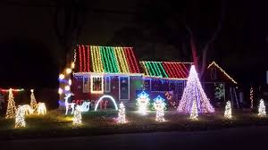 must see holiday light displays to make your season bright wpri