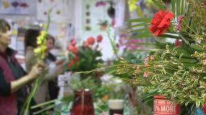 local florist floral frenzy local florist shares a the look on