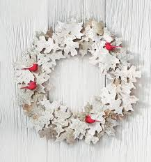 20 DIY Holiday Wreath Ideas