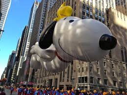 Snoopy Thanksgiving Macy U0027s Thanksgiving Day Parade Balloons Above Bmore Energy