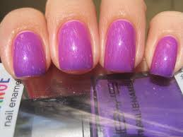 sparkly vernis bys bright purple changes from pink to purple