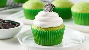 oreo shamrock shake cupcakes recipe bettycrocker