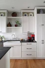 Kitchen Cabinets To The Ceiling by Extending Kitchen Cabinets Up To The Ceiling Ceilings Building