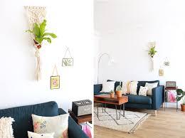 canapé lolet décoration de salon modern style canapé ikéa bleu foncé tapies