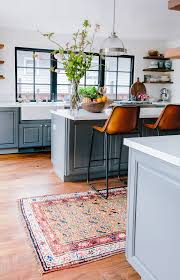 Apple Kitchen Rugs Sale by Finding The Right Antique Rug