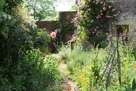 the walled gardens of la barriere