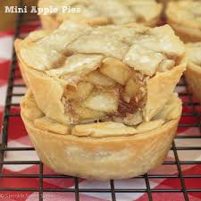 Apple Pie Thanksgiving Mini Apple Pies Recipe Mini Apple Pies Mini Apple And Apple Pie