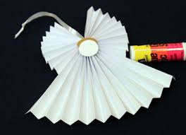 easy accordion folded paper ornament use on front of card