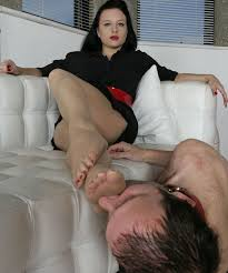 Under Desk Foot Slave 267 Best Foot Femdom Images On Pinterest Mistress Feet And