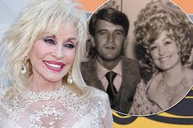 dolly parton wedding dress dolly parton and loner husband carl dean renewing wedding vows