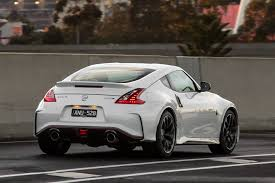 nissan 370z blacked out 2018 nissan 370z nismo quick review